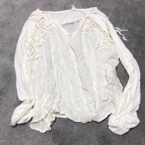 White fringe basic shirt ☺️